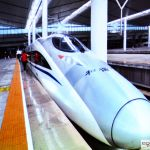 42.Najnowocześniejszy pojazd szynowy Chin rozwijający prędkość do 350 km na godz