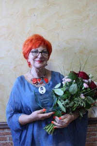 5a. Barbara Schroeder z nagrodą IANICIUS