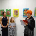 0k. Barbara Schroeder w imieniu chorej Ireny Zielińskiej odbiera dyplom uczestnictwa